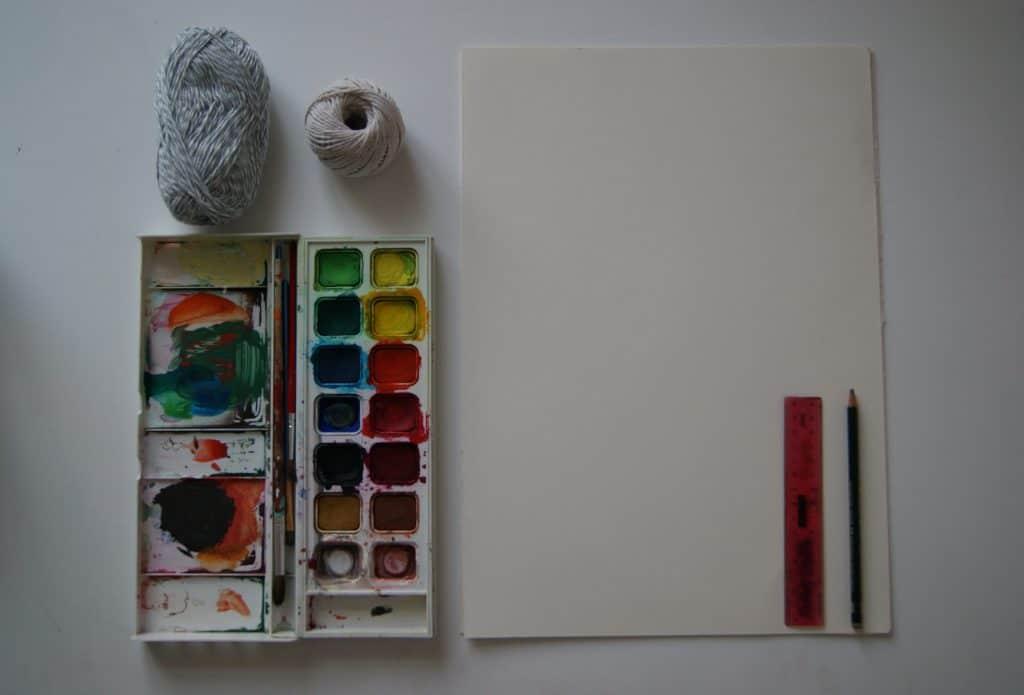 Dickes Papier (300g/m²)+Wasserfarbe+Kordel+Bleistift+Lineal